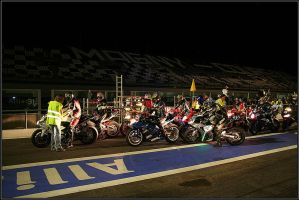 Night pit lane in Magny Court by cartezch