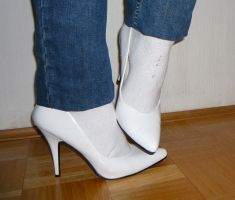 White office high heels by latextanja