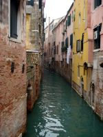Venetian Alley by neferus
