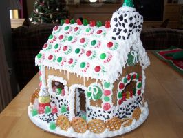 Gingerbread House by 60degres0fperfection