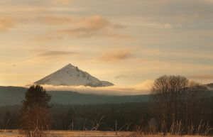 Mt. McLoughlin by madrush08