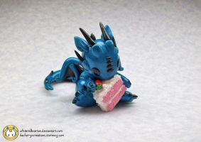 Strawberry Cake Dragon by whitemilkcarton