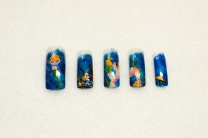 Underwater Nail Art by elvaniel