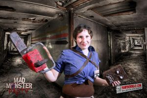 Fem!Ash Williams Cosplay by SoongCybernetics