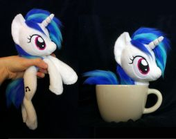 Dj pony / Vinyl scratch beanie plush by Epicrainbowcrafts
