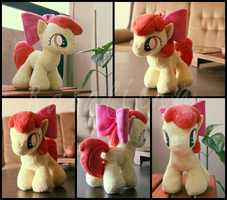 MLP:FiM - Apple Bloom plushie by Rasaliina
