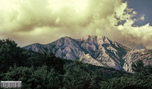 A naked mountain by dejz0r