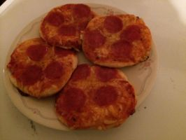 I made biscuit pizza by Callewis2