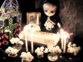 Death of the Pullip by Rheuh