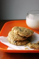 Oatmeal Chocolate Chip Cookie by sasQuat-ch