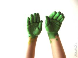Green Hands by c0quelic0t