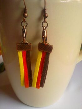 Earrings with stripes by Flos-Caeli