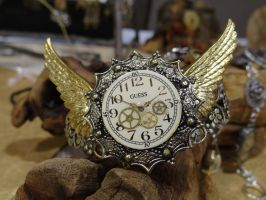 Steampunk winged bracelet by Hiddendemon-666
