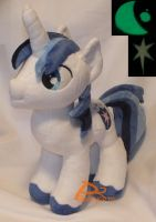 Shining Armor V3 Glow-in-the-Dark by kiashone