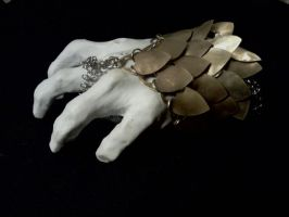 Scale Maille Wrist armor by DivisionK