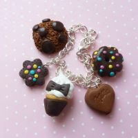 chocolate bracelet cupcake by lemon-lovely