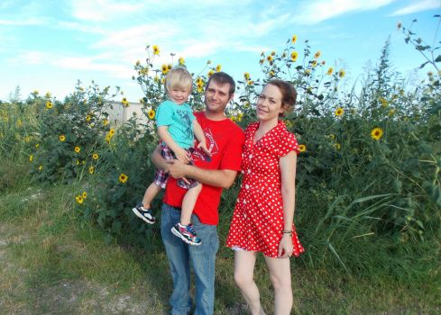 Family amidst the Texas Sunflowers by MissGypsyMomma