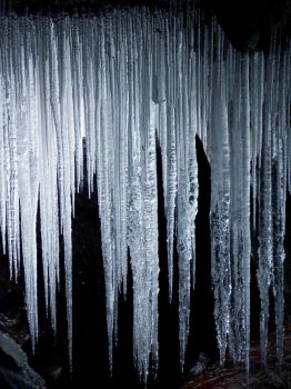 Ice Cave by jezebel144