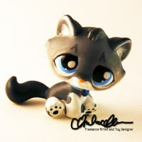 Lunkage custom Littlest Pet Shop toy by thatg33kgirl