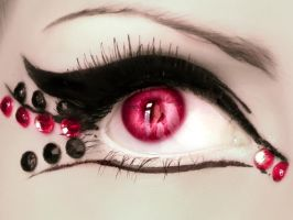 eye by LamiaLuna