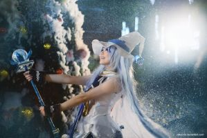Vocaloid - Snow Miku by vaxzone
