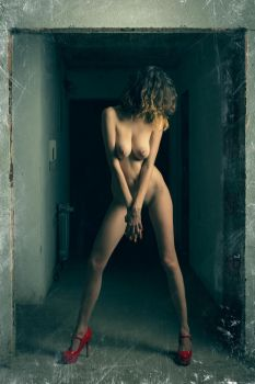 472 by photoduality