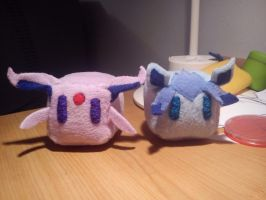 Espeon and Glaceon Plush Companion Cubes (Tiny) by SpiritBlocks