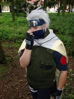 Kakashi reveals face? by 4825467
