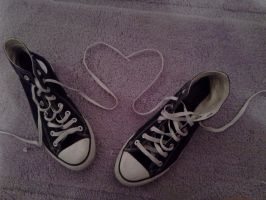 love my converse 2 by LovelyAmbey
