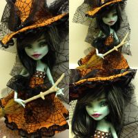 Trixie the witch - ooak mh repaint by Sonkisonki