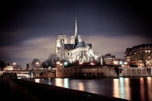 Notre Dame by spinal123