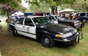 1996 Ford Crown Victoria by JDAWG9806
