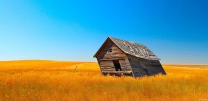 Little House on the Prairie by MacroMagnificent