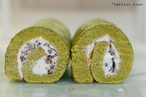 Matcha redbean cake roll 2 by patchow