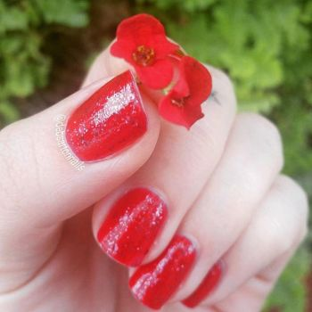 Red Glitter Nails with Flower by redrosenava