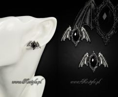 Small Bats Earrings by Euflonica