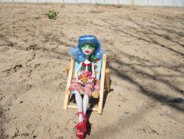 MH Ghoulia Beach Time 1 by immortalmina
