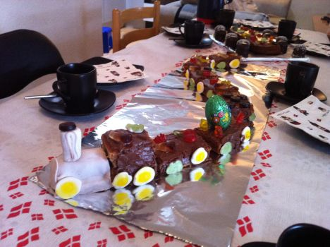 Cake train for sons birthday by Nick1983
