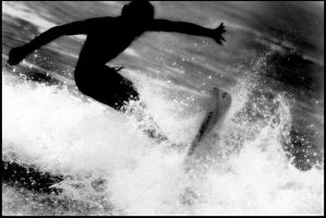 Surfing by TR4Y4