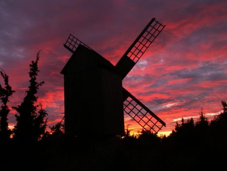 Windmill to colorful sunset by zerofilius
