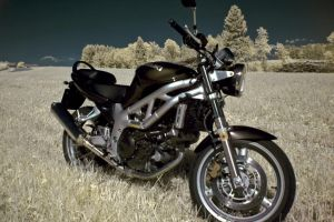 suzuki sv650 in  infrared no1 by Tschisi