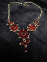 Red flower necklace 2 by Yanagi-no-Yume