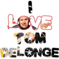 I love Tom Delonge by craziigiirl