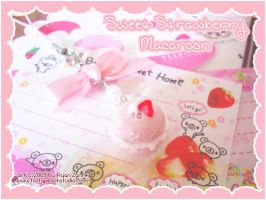 Sweet Strawberry Macaroon by MoogleGurl