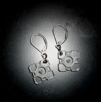 Companion Cube Earrings by Q-Rai