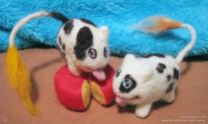 Needle-Felted Cowtatos by cricket00fur