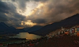Barrea and the lake by GiovanniSantostefano