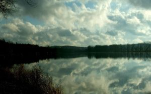 Reflection in winter by aktron