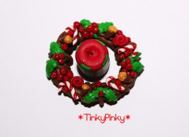 Christmas wreath and candle2 by tinkypinky