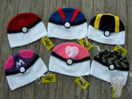 Pokeball Hats by TheCrochetDragon